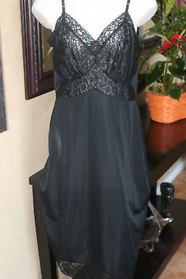 Gorgeous Van Raalte Opaquelon Nylon Black Full Slip beautiful Lace Size 38