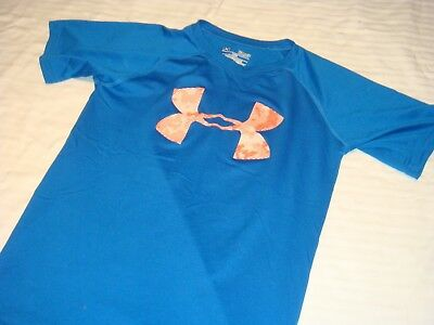Under Armour Boys Shirt Size Small  NICE