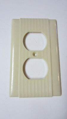 Vintage P & S Ivory Bakelite Ribbed Outlet Cover