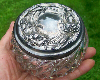 """ART NOUVEAU Swirl GLASS """"POWDER JAR"""" with SILVER PLATE LID in FLORAL PATTERN vtg"""