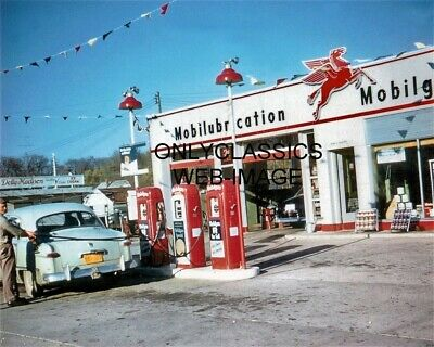 1953 Mobil Oil Gas Pump Station 8X10 Photo Pegasus Sign Vintage Car Onalaska Wi