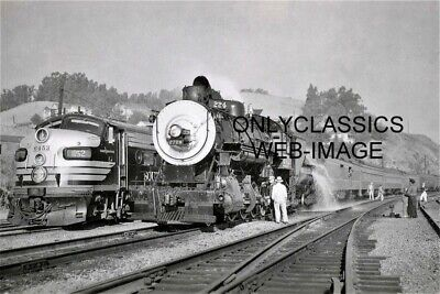 1957 SOUTHERN PACIFIC #224 STEAM LOCOMOTIVE #52 DIESEL TRAIN 8x12 PHOTO RAILROAD