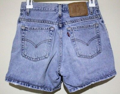 "VTG Women's Levi's Denim High Waisted Mom Jean Shorts (10"" Rise) (27"" Waist)"