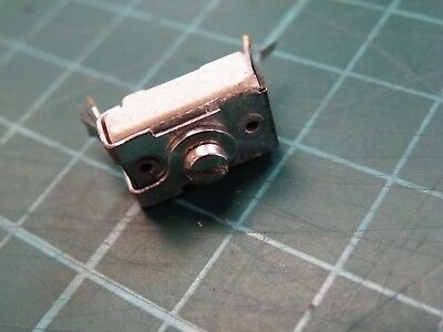 Compression Trimmer Capacitor Postage Stamp 100pF  CR04