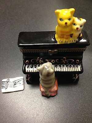 Hand Painted Yellow Three Cats Kittens on Piano Porcelain Hinged Box