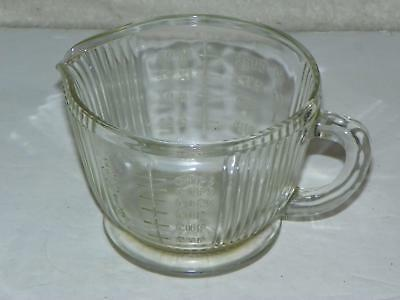 ATQ FOOTED CLEAR GLASS KITCHEN MEASURING CUP w/ RAISED LETTERING: 2 cups/16 oz