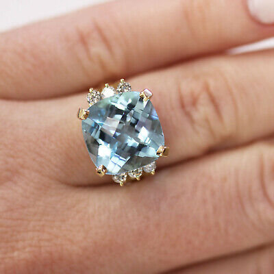 5.23 ct tw Natural Blue Topaz & Diamond 14k Yellow Gold Cocktail Ring