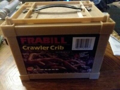 Frabill 1016 Crawler Crib Worm Storage Small 1 Door