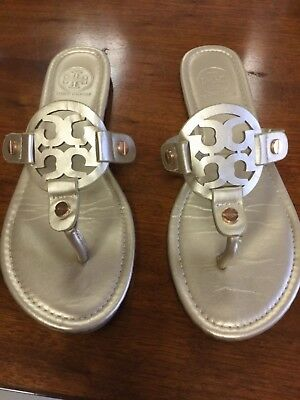 73dc8af2dcc8a TORY BURCH BRITTON slingback Flat thong Sandals Tumbled leather Gold ...