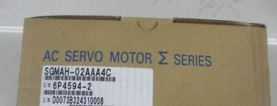 1pcs new in box Yaskawa servo motor SGMAH-02AAA4C by DHL or EMS