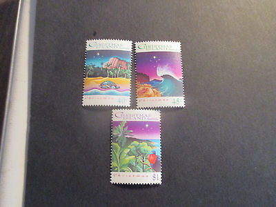 No--1--1993 Christmas  Island  -Christmas  Issue 3 Stamps --Mint--Mnh-A1