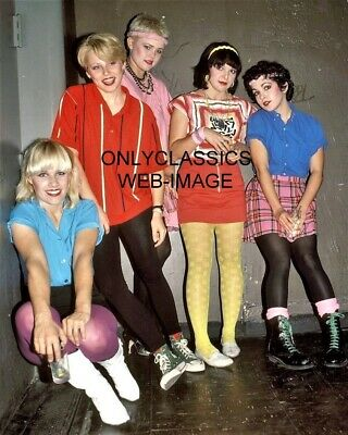 1980's NEW WAVE THE GO-GO's POP ROCK MUSIC ALL GIRL BAND 8X10 PHOTO SEXY CUTE