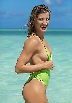 photo 10*15cm 4x6 INCH   EUGENIE BOUCHARD