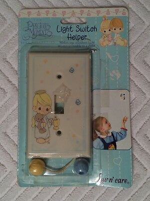 PRECIOUS MOMENTS Light Switch Helper * NEW Opened Package *
