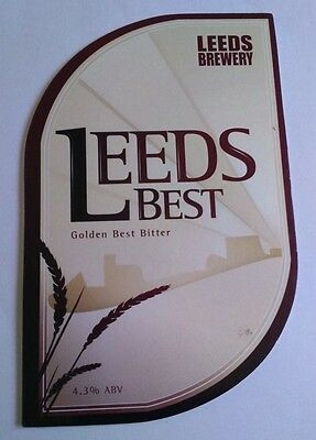 Beer pump badge clip LEEDS brewery LEEDS BEST cask ale pumpclip front Yorkshire
