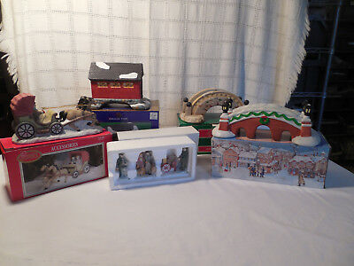 Assorted lot of Chritmas village piece, bridges, dept 56 people, carriage 5 box