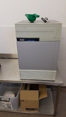 Icematic N30 Commercial kitchen ice machine good working order