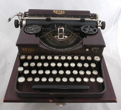 Vintage Burgundy Royal Typewriter with Case Working