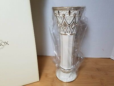 LENOX Porcelain Florentine and Pearl Vase - NEW IN BOX