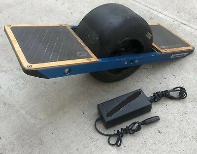 ONEWHEEL ELECTRIC SKATEBOARD V1 - One Wheel with Charger