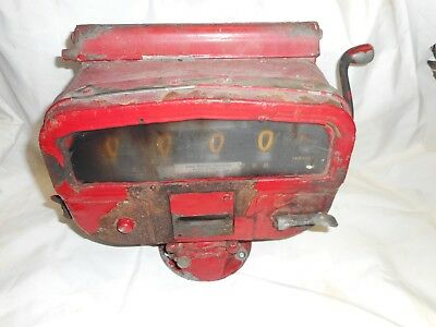 VINTAGE AUTOMATIC TRUCK  Gas Oil Service Station  DELIVERY METER