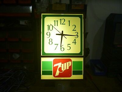 7 UP 7UP Electric Wall Clock Sign Lighted Face as is vintage indoor broken lens