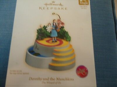 Hallmark Ornament Dorothy and the Munchkins Wizard of Oz Lights Motion Voice