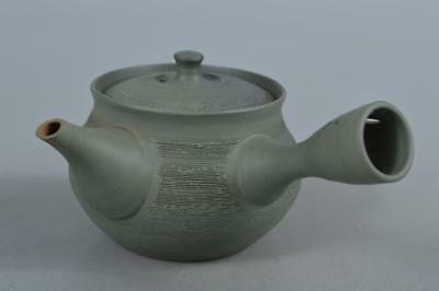 M6356: Japan Tokoname-ware Green color Ring line sculpture TEAPOT Kyusu Sencha