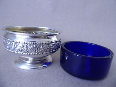 Pretty Large American Sterling Silver Embossed Scrolls Salt Pot