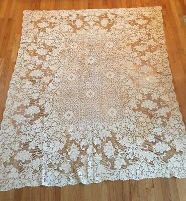 "ANTIQUE QUAKER LACE ORNATE TABLECLOTH 72"" By 62"""