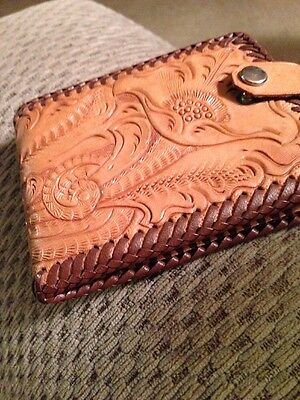 Vintage Ladies Hand Tooled Leather Billfold With Snap Closure