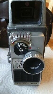 G.B.-Bell & Howell Autoset 624EE 8mm Cine Camera with film case extra lense