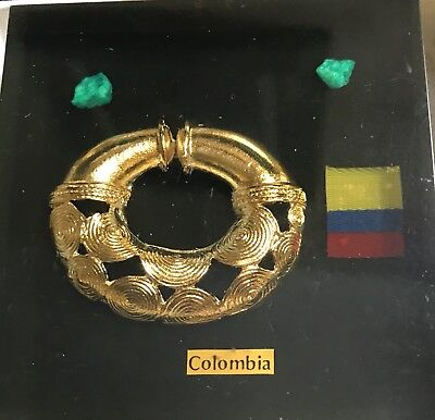acrylic paperweight Museo del Oro, Colombia - PreColumbian figure