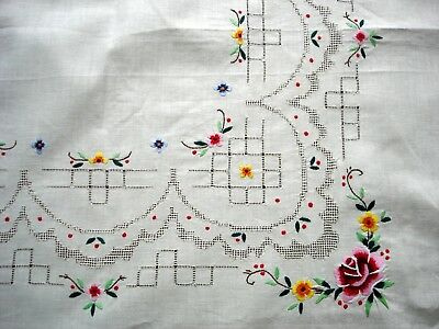 Vintage Hand Embroidered Flowers & Drawn Threadwork Inserts Linen Tablecloth
