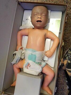 Armstrong Resusci Baby Cpr Infant Aa-2000 Creepy Halloween In Case With Keys
