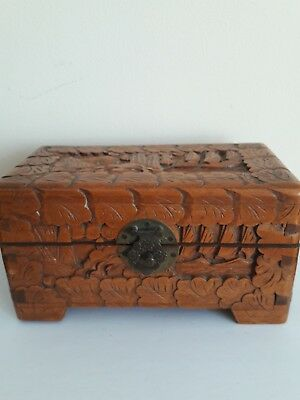 Camphor Wood Oriental Box, 19 x 10 x 10 cm. Decorated with boats, waves, shells
