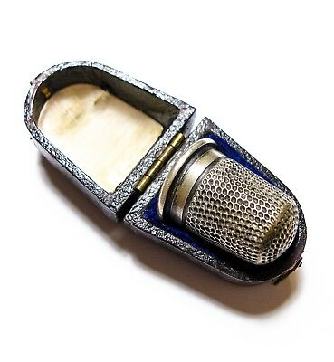Beautiful Old Antique Victorian Or Edwardian Silver Thimble & Hinged Box (B9)