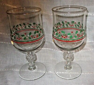 "2 Arby's Libbey Christmas Holly w/Bow 12 Oz Wine Goblets Glasses 6 1/2"" Tall"