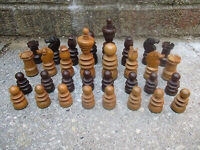 An Antique Boxwood & Rosewood? Chess Set 20th C?
