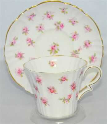 Royal Albert Crown Tea Cup & Saucer Set Pink Sweet Heart Roses( Teacup )