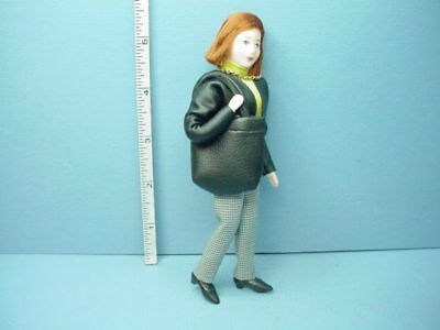 Miniature Young Girl Dollhouse Doll Emma #10304 Erna Meyer 1//12th Handcrafted