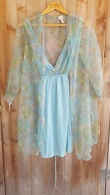 1960s VTG Lingerie set, robe and babydoll nightie, Size small, Stardust
