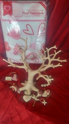 Lenox Valentine Tree with accessories and table cloth