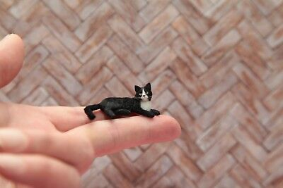 OOAK hand-sculpted realistic dollhouse miniature tuxedo cat 1:12 scale
