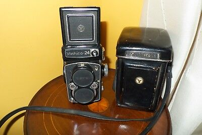 Vintage Yashica-24 with original leather  carry case