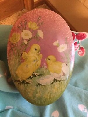 Vintage EGG shape CANDY  TIN w/ adorable CHICKS & FLOWERS - Sweet - 🐥