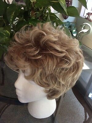 Wig Ash Blonde Capless. Nwt. Clean Short Hair Synthetic