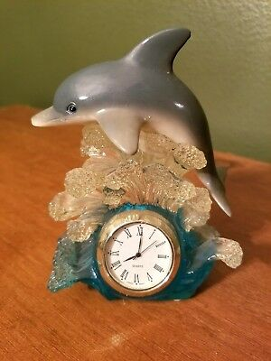 CUTE Dolphin Figurine with Clock Embedded in the Waves!