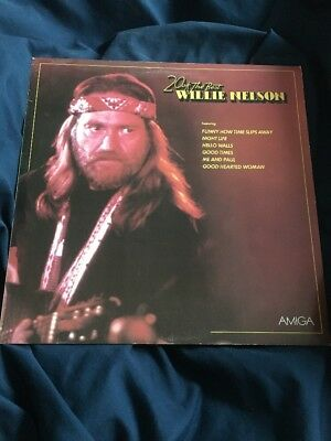 Willie Nelson - LP (VG+) 20 Of The Best (Night Life, Family Bible) Amiga DDR