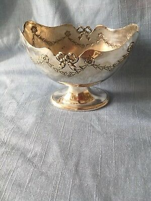 Pretty oval Art Nouveau silver plated bon bon dish